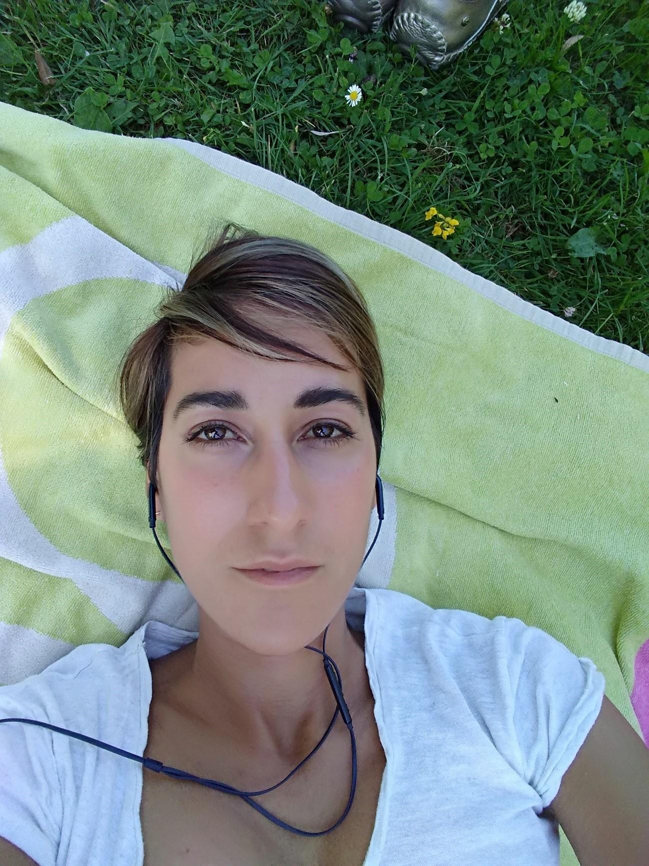 SARA, Propietaria de una Eco-herboristeria